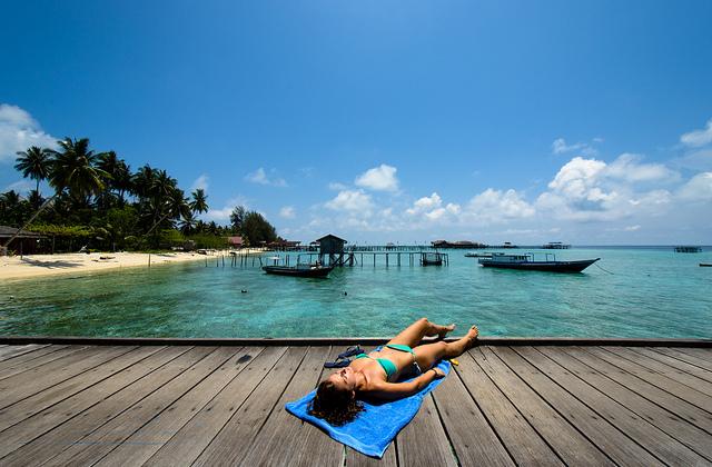 Memanjakan Jiwa Petualangan Di Pulau Derawan Berau